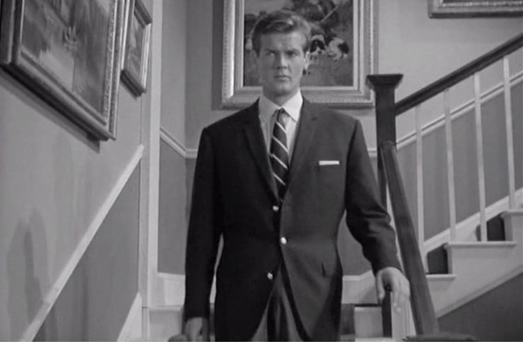 Roger_Moore_The_Saint_Navy_Blue_Blazer