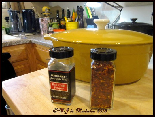 Re-Using_Commercial_Spice_Containers_Elegant_Survival